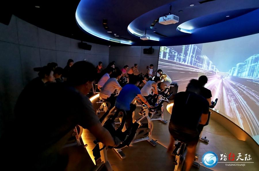 踏行-3D实景模拟智能动感单车系统