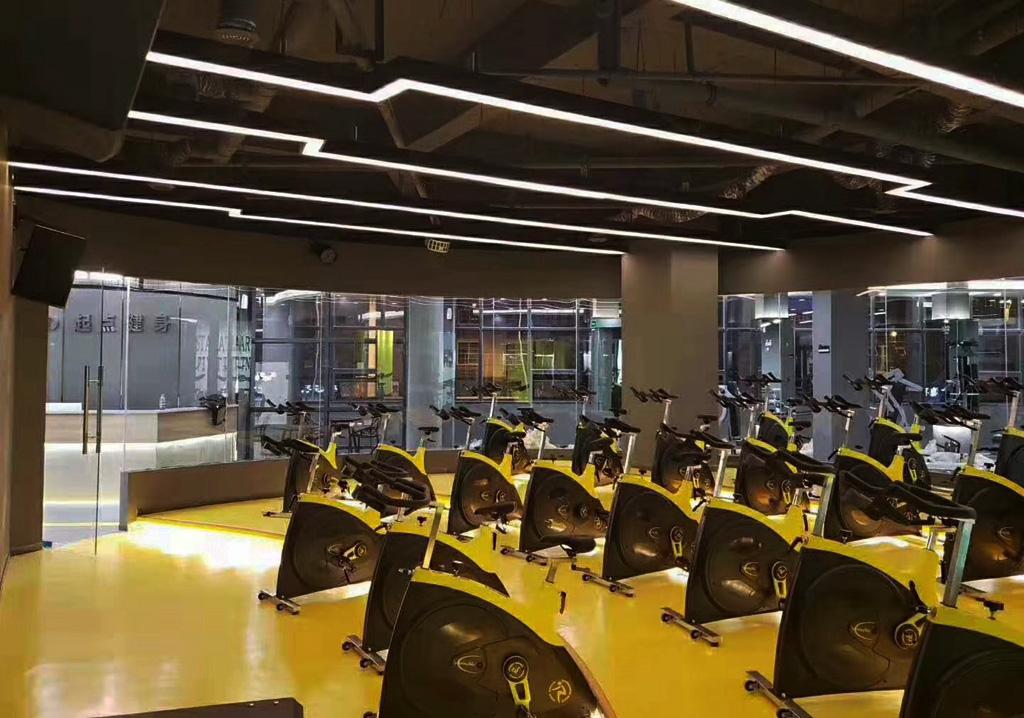 健身房单车室